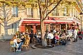 France, Paris, area listed as World Heritage by UNESCO, Saint Louis Island and the restaurant Le Flore en l'Ile, vendor of Berthillon ice cream