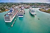Blick über den Hafen von Antigua, Karibik, Mittelamerika