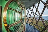 Frankreich, Finistère, Ouessant, Regionaler Naturpark Armorique, Insel Ponant, in der Laterne des Creac'h-Leuchtturms, Historisches Denkmal