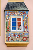 Painted house facade with window, Straubing, Danube Cycle Path, Lower Bavaria, Bavaria, Germany