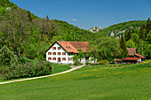 Farmhouse in the Danube Valley, Danube Valley, near Beuron, Danube Cycle Path, Baden-Württemberg, Germany