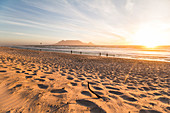 Bloubergstrand (Blouberg Beach) in Cape Town at sunset, Cape Town, South Africa