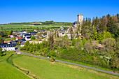 Luftansicht von Kerpen mit Burg, Eifel, Rheinland-Pfalz, Deutschland