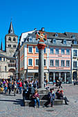 Market cross on the main market with cathedral, Trier, Moselle, Rhineland-Palatinate, Germany