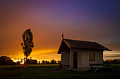 Small chapel along the way in the evening mood. Puchheim, Upper Bavaria, Bavaria, Germany, Europe