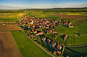 Dornheim, Iphofen, Kitzingen, Unterfranken, Franken, Bayern, Deutschland, Europa