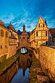 Blaue Stunde in Marktbreit am Main, Kitzingen, Unterfranken, Franken, Bayern, Deutschland, Europa