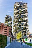 Italy, Lombardy, Milan, Il Bosco Verticale, two towers drawn by Boeri Studio they possess 8900m2 of standing terraces of 900 trees