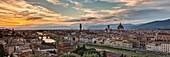 Italien, Toskana, Florenz, Historisches Zentrum, UNESCO-Weltkulturerbe, Panoramablick auf die Stadt