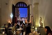 Italy, Latium, Rome, Vivi Bistrot Restaurant in Piazza Navona