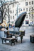 Rubinstein monument in Petrikauer Strasse (Ulica Piotrkowska), in Lodz, Poland, Europe