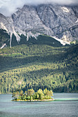 View of the Ludwigsinsel in the Eibsee, in the background the Zugspitzmassiv, Grainau, Upper Bavaria, Bavaria, Germany, Europe