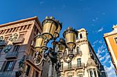 Street lamp, La Rambla, Las Ramblas, Les Rambles, Pla de l´Os, Barri Gotic, Gothic Quarter, Ciutat Vella, old town, Barcelona, city, Catalonia, Spain, Europe