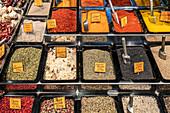 Spain, Barcelona, La Boqueria market hall, spices