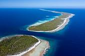 Almonu Pass of Apataki Atoll, Tuamotu Archipel, French Polynesia