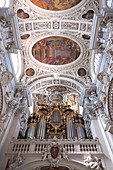 View of the organ in St. Stephan Cathedral, Passau, Lower Bavaria, Bavaria, Germany, Europe