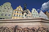 Merkurbrunnen and old facades on Maximiliansstrasse, Augsburg, Swabia, Bavaria, Germany
