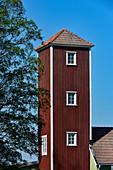 Alter Speicherturm aus Holz, bei Sollerön, Provinz Dalarna, Schweden