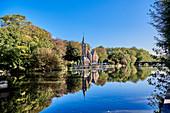 Blick auf Kasteel Minnewater, Brugge, Belgien