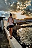 Walk on the wall, Crete, Greece