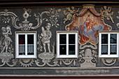 Schmucke Fassade in der Ludwigstraße, Partenkirchen, Garmisch-Partenkirchen, Werdenfelser Land, Oberbayern, Bayern, Deutschland