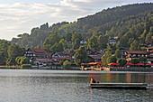 Schliersee with the terrace of the Hotel Schlierseer Hof, Upper Bavaria, Bavaria, Germany