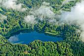 Tiefblick auf Freibergsee, vom Himmelschrofen, Allgäuer Alpen, Allgäu, Schwaben, Bayern, Deutschland