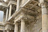 Ansicht des Altars im Pergamonmuseum, Berlin, Deutschland