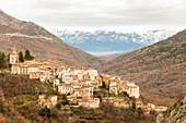 The village of Anversa degli Abruzzi and the Majella mountain in the bakground\nEurope, Italy, Abruzzo, Province of L'Aquila