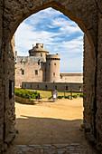 Fort la Latte Castle, Cap Fréhel, Sables d'Or les Pinse, Cote d'Armor, Ille-et-Vilaine, Brittany, France