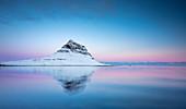 Sunrise at Kirkjufell, Grundarfjörður, Snæfellsnes peninsula, Vesturland region, Iceland, Northern Europe