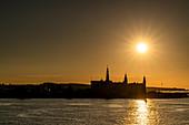 Blick auf Helsingör im Abendlicht, Dänemark