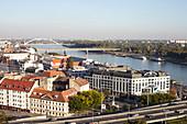 Blick über die Stadt mit Donau, Bratislava, Slowakei