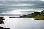 Fels am Leitisvatn, auch Sørvágsvatn genannt, Vágar, Färöer Inseln