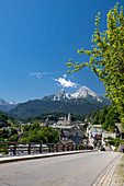 View over Berchtesgaden to the Watzmann massif, Berchtesgadener Land, Bavaria, Germany.