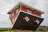 Das verrückte Haus, Bispingen, Süden der Lüneburger Heide, Niedersachsen, Deutschland, Europa
