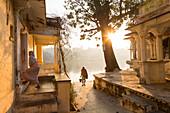Hindu Temple by Pichola Lake, Udaipur, Rajasthan, India