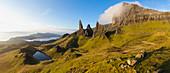 Der Old Man of Storr (Felsnadel), Trotternish Peninsula, Isle of Skye, Schottland