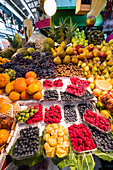 Fruit at market stall, Mercado de Bolhão, Porto, Portugal, Europe