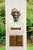 Bronze bust of Stefan Zweig (1881-1942) Austrian author and playwright. Jardin du Luxembourg (6th Arr) Paris, France.