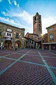 Civic Tower (Campanone), Piazza Vecchia square, Città Alta (Upper Town), Bergamo, Lombardy, Italy