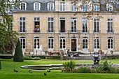 France, Paris, Heritage Days 2017, Hotel de Castries, since May 2017 Ministry of Cohesion of the Territories, the park