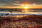 Sonnenuntergang, Strand, Kreuzbuhne, Ostsee, Dranske, Bug, Mecklenburg-Vorpommern, Deutschland, Europa\n