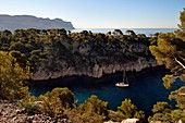 France, Bouches du Rhone, Cassis, National Park of the Calanques, Calanque de Port Miou (cove) and the cliffs of Cap Canaille in the background (request for authorization necessary before publication)