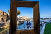 France, Pyrenees Orientales, Cote Vermeille, Collioure, Notre-Dame des-Anges church through the frame POINTS 2 VUE® by Marc-Andre 2 FIGUERES