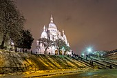 France, Paris, the hill of Montmartre and the Sacre Coeur, snowfalls on 07/02/2018