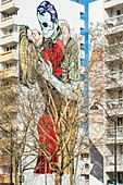 France, Paris, 13th district, Street Art, the work Fougueuse embrace of the artist ©D Face