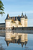 France, Loiret, Loire valley listed as World Heritage by UNESCO, Sully sur Loire, 14th and 17th century castle (compulsory mention : chateau de Sully sur Loire, Loiret department property)