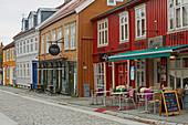 Trondheim, residential buildings in the storage district on the Nidelva, Bakklandet, Sör-Trondelag Province, Trondelag, Norway, Europe