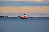 Hurtigruten ship Richard With near the island of Bolga in Roedoeyfjorden, Roedoeyfjord, Rödöyfjorden, Helgeland coasts, Nordland province, Salten, Norway, Europe